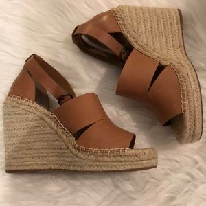 Treasure and Bond wedges